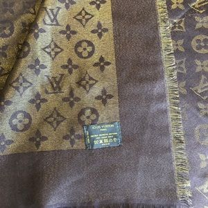 Louis Vuitton Accessories - ❄️ Louis Vuitton Monogram Shawl Wrap❄️